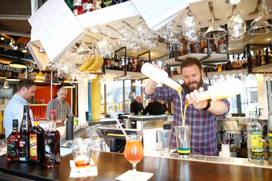 Zu einem Ausflug in die Karibik Dresdens gehört natürlich auch ein Schuss Rum.