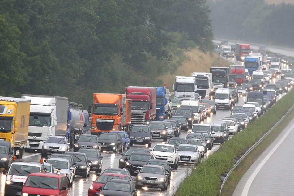 Droht für mehrere Wochen erneut: Stau auf der A4 bei Glauchau.