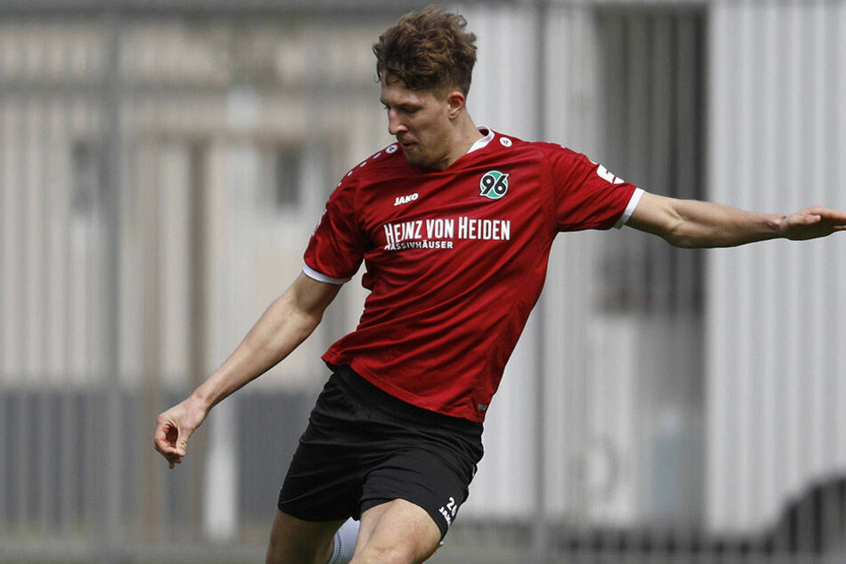Von Hannover 96 II wechselt Janik Bachmann zum Chemnitzer FC.