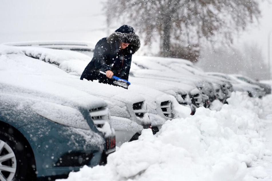 Am 18. November hatte es einen ersten Wintereinbruch in Monschau in der Eifel gegeben. Laut dem Deutschen Wetterdienst bleibt es jetzt wärmer.