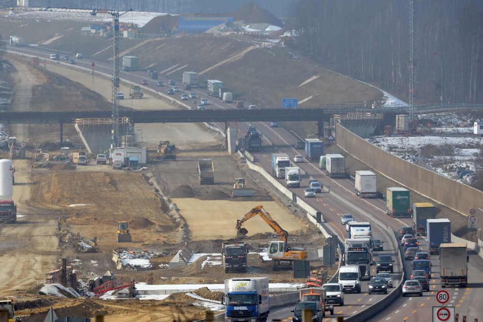 Die Autobahn 8 wurde zwischen Augsburg und Ulm ausgebaut. (Archivbild)