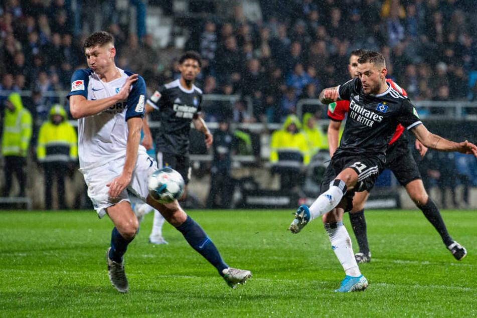 Leibold nahm den Ball nach einer abgewehrten Ecke direkt aus der Luft und erzielte den Ausgleich.