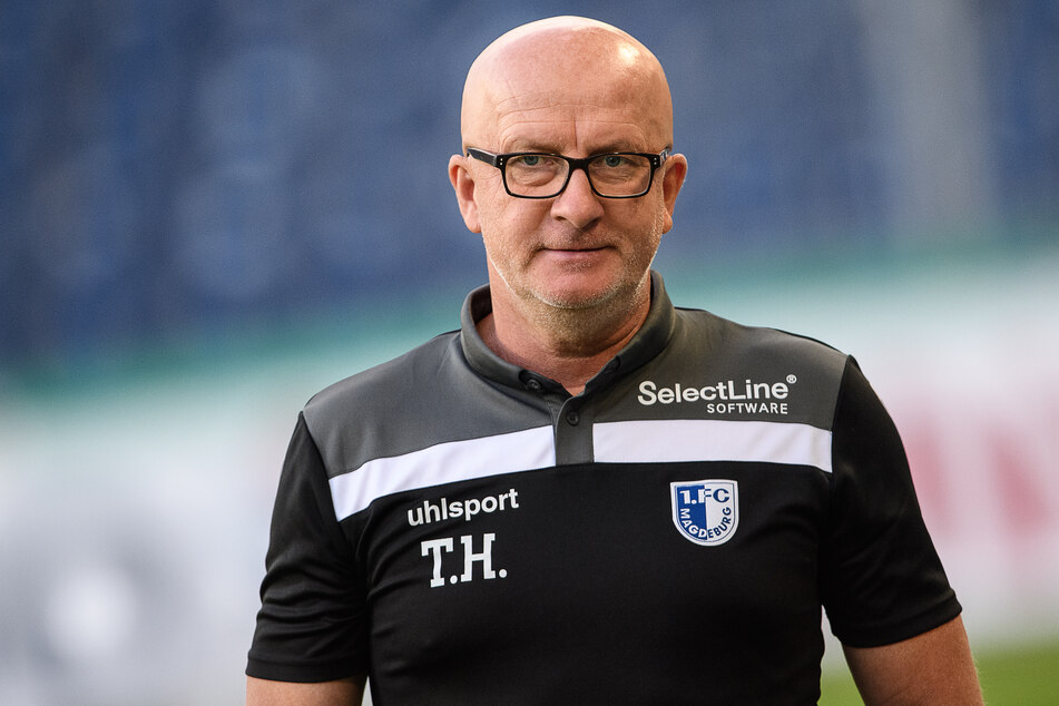 Magdeburgs Trainer Thomas Hoßmang (53) steht in der Kritik.
