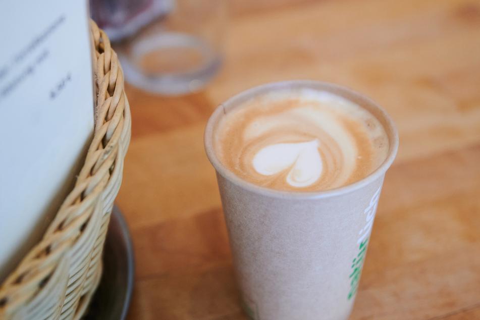 Cafés und Restaurants in Berlin könnten an Pfingsten Außenbereiche öffnen. (Symbolbild)