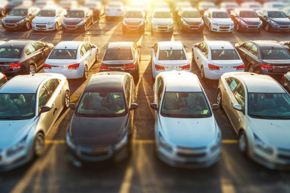Potentiell könnte jeder Autokäufer Schaden erlitten haben.