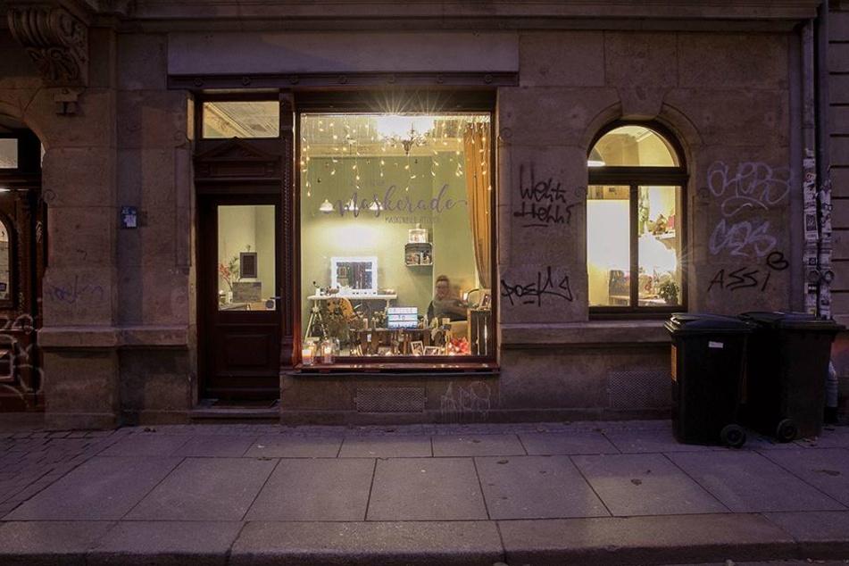 """Vor ein paar Wochen eröffnet das Maskenbild Atelier """"Maskerade"""" seine Türen auf der Alaunstraße."""
