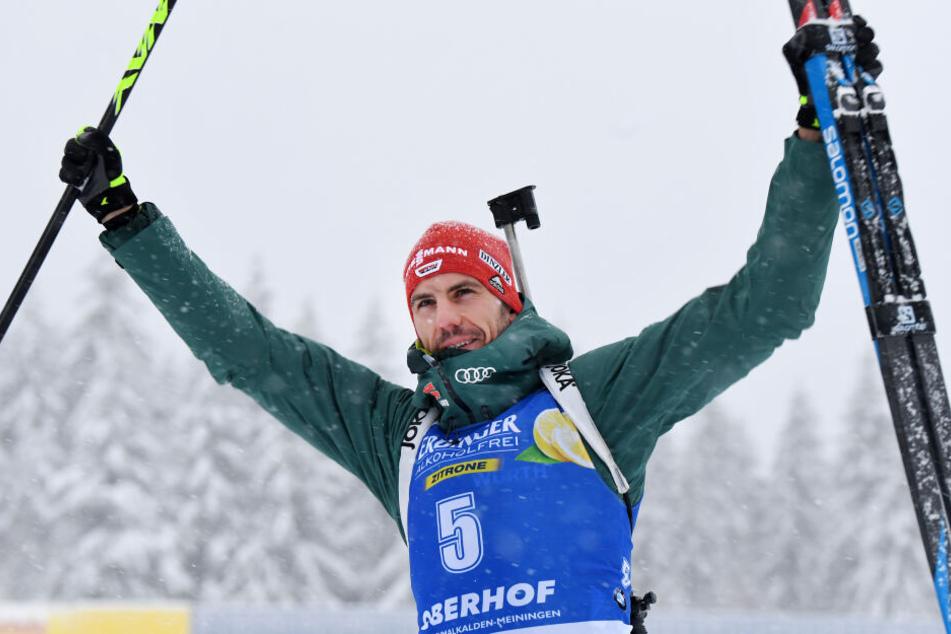 Arnd Peiffer war im Dezember ebenfalls Vater geworden, sicherte sich am Samstag den zweiten Platz in der Verfolgung.
