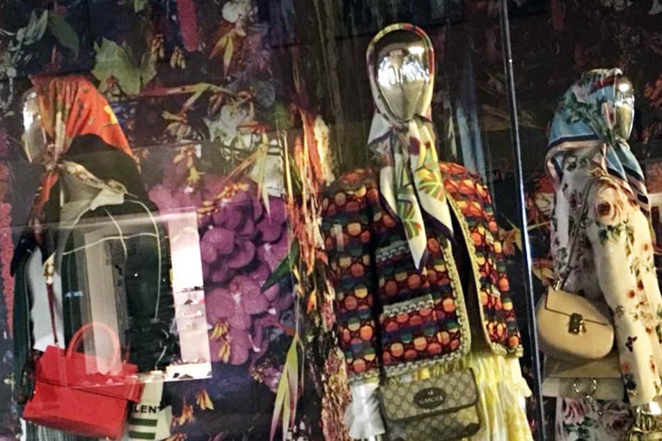 Puppen mit Kopftüchern in diesem Kaufhaus? Das schmeckt der AfD gar nicht