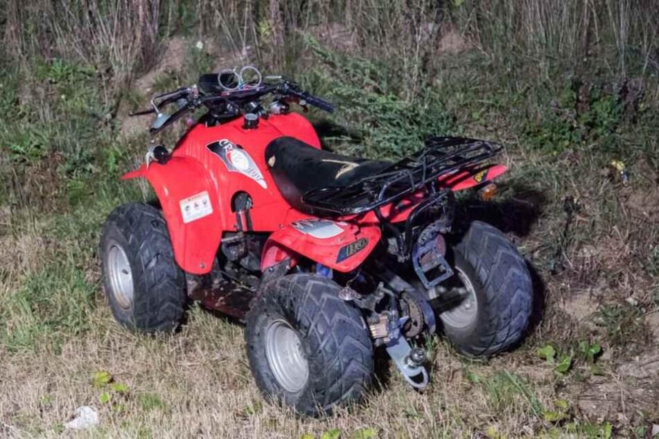 Das Quad, das im Kleintransporter geladen war, wurde rund 50 Meter vom Unfallort entfernt gefunden.