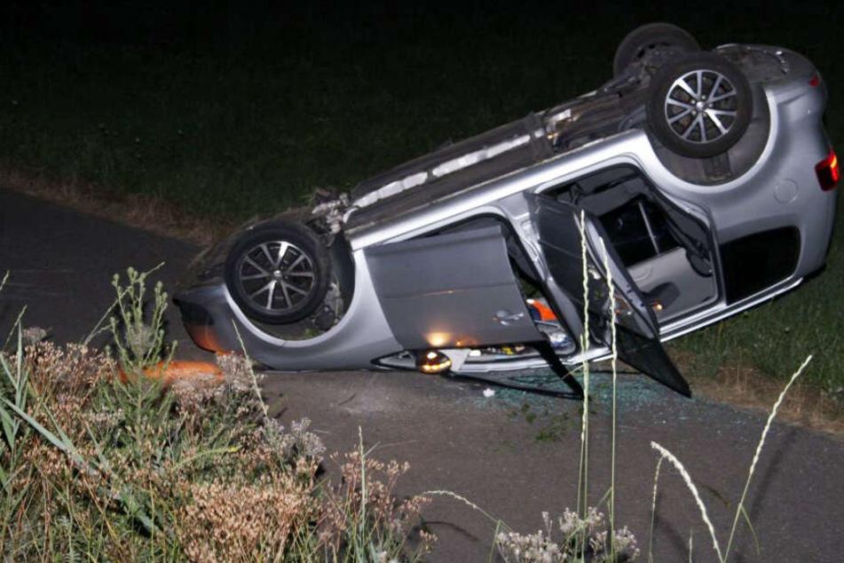 Die Fahrerin dieses Touran hatte den Unfall verursacht.