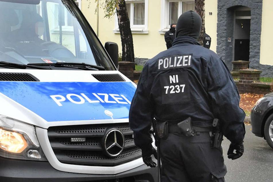 Die Polizei in Göttingen nahm zwei islamistische Gefährder fest. (Symbolbild)