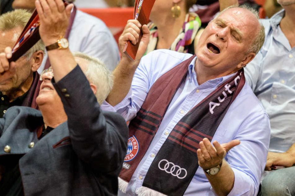 FCB-Präsident Uli Hoeneß ist auch beim Basketball jederzeit mit Haut und Seele dabei.