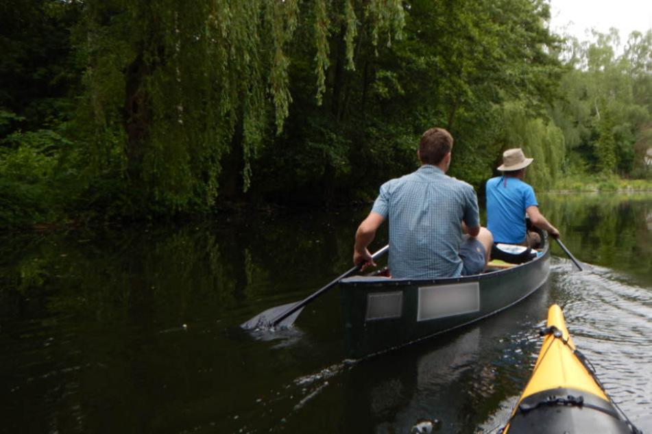 Kanu-Fahrt endet mit Suchaktion: Besoffene Paddler verschwinden in Fluten