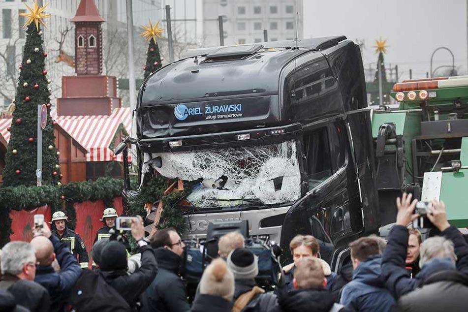 Bei dem Anschlag auf den Weihnachtsmarkt starben zwölf Menschen und mehr als 100 wurden verletzt.