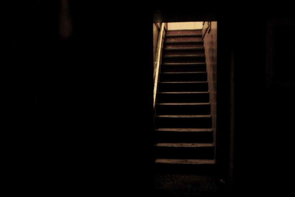 Der Hauseigentümer entdeckte den Toten in seinem Keller. (Symbolbild)