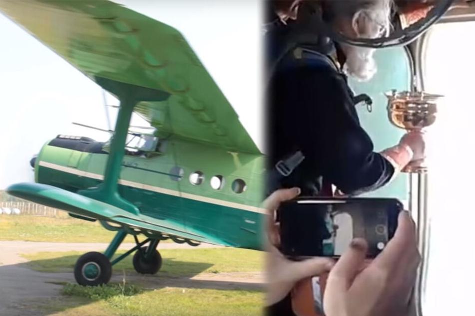 Aus diesem Kleinflugzeug goss der Pfarrer 70 Liter Weihwasser.