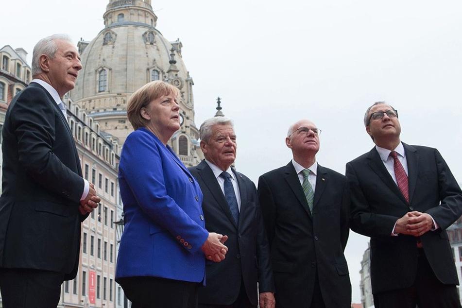 Als Bundesratspräsident war Tillich 2016 Gastgeber zum Tag der Deutschen Einheit in Dresden. Wüste Pöbeleien von PEGIDA-Anhängern sorgten für Schlagzeilen.