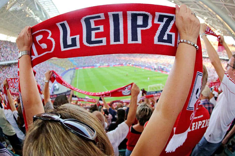 10.000 RB Leipzig-Fans sollen heut ihren Verein in Berlin unterstützen.