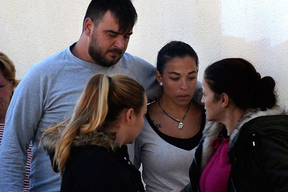Jose Rosello (l.) und Victoria Garcia trauern um ihren zweiten Sohn.