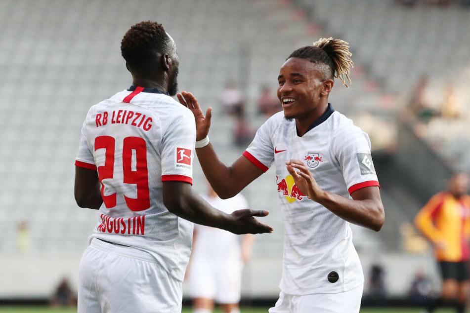 Christopher Nkunku, nach seiner Verpflichtung erst am Donnerstag im Trainingslager eingetroffen, belebte das Leipziger Offensivspiel direkt.