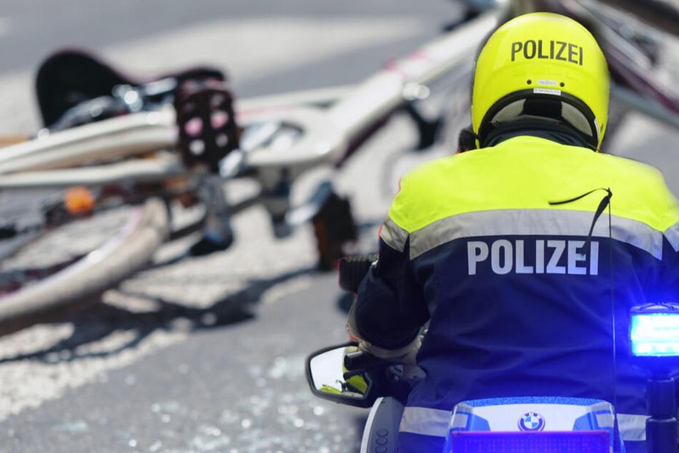 Hat der Motorradpolizist den Radfahrer abgedrängt? Versucht die Berliner Polizei das zu verschweigen? (Bildcollage)
