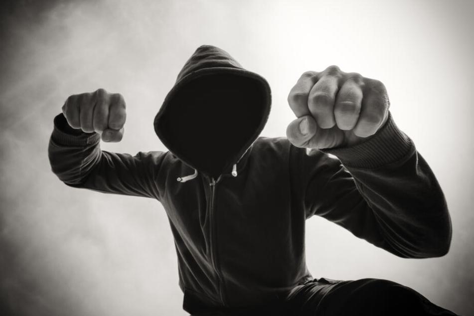 In Mittweida wurde ein 16-Jähriger von einer Gruppe attackiert. (Symbolbild)