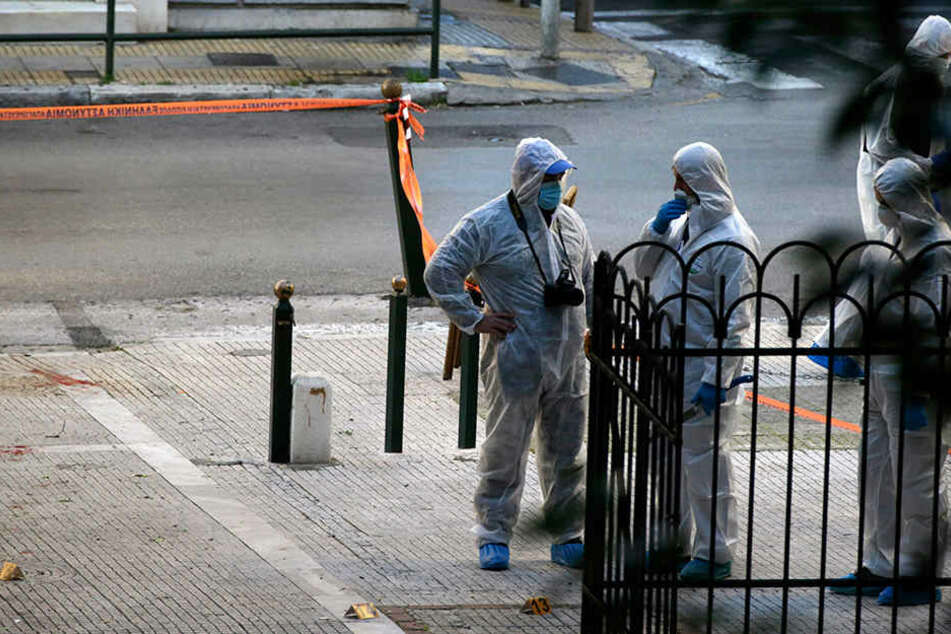 Sprengsatz vor Kirche in Athen explodiert: Anti-Terror-Einheit im Einsatz