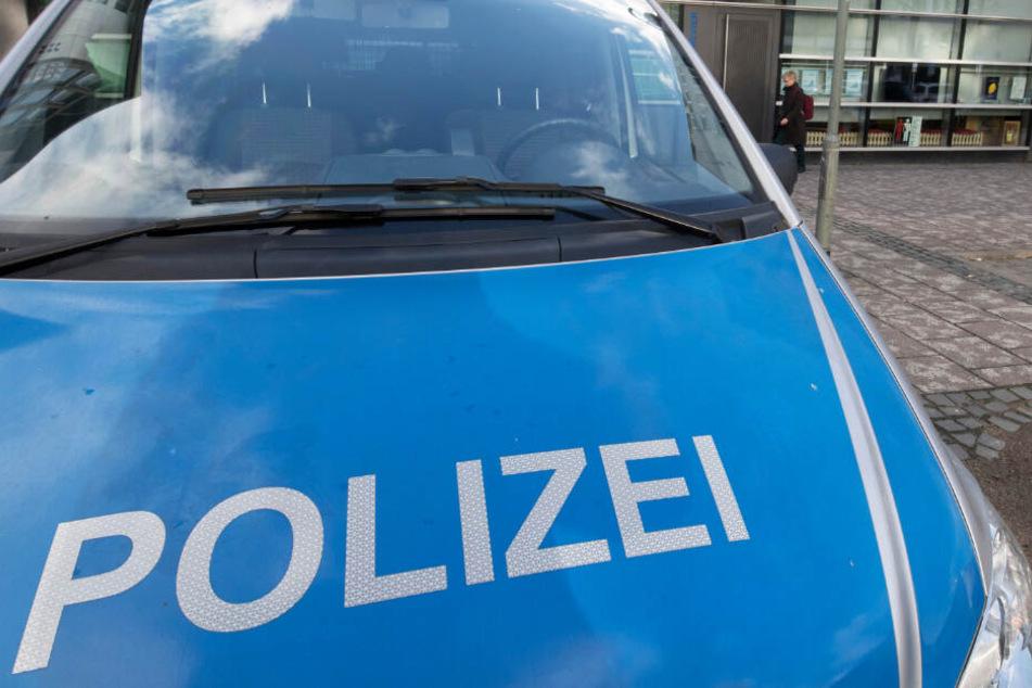 Mehrere Büros einer Polizei-Wache in Fritzlar wurden am Donnerstag geräumt (Symbolbild).