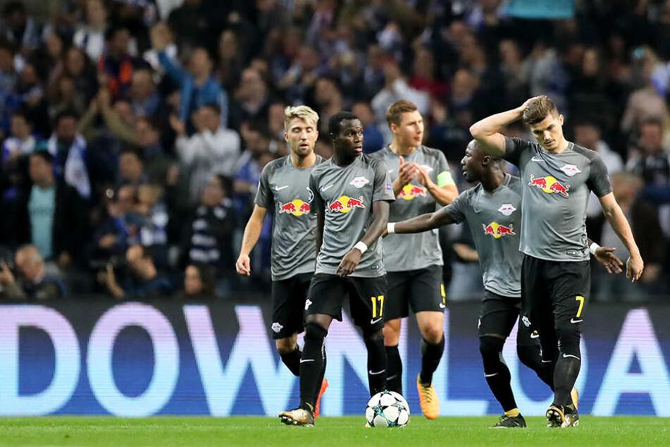 In Porto zahlte die Elf von Trainer Ralph Hasenhüttl erneut Lehrgeld. Gegen die AS Monaco soll der erste Auswärtssieg her.