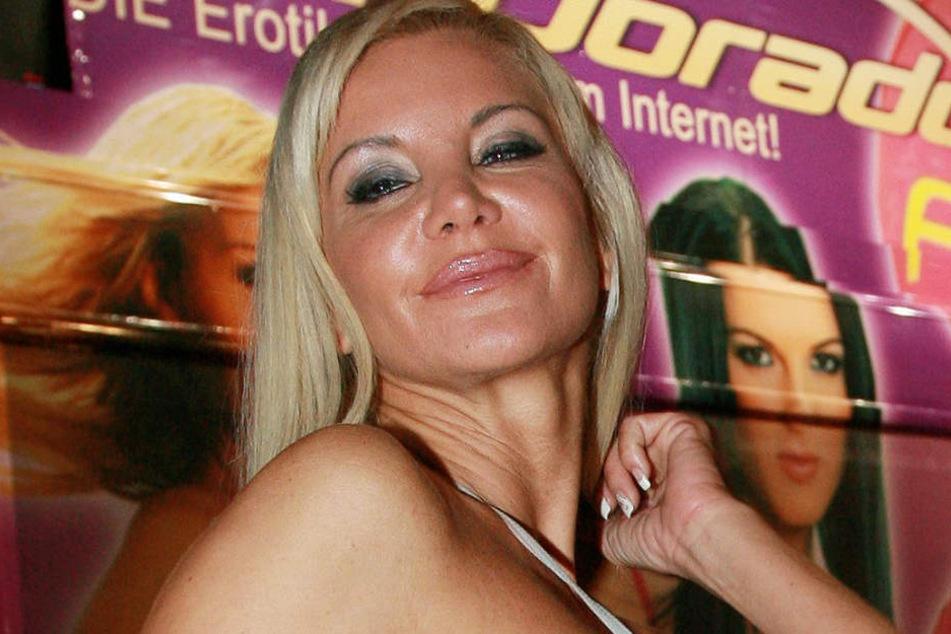 Zum Vergleich: Auch das ist Tatjana Gsell. Die Aufnahme entstand 2008 auf der Erotik-Messe Venus in Berlin.