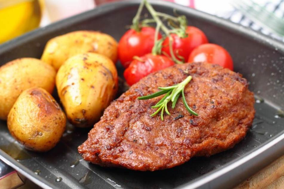Das ist kein leckeres, saftiges Schweinesteck sondern ein Fleischersatzprodukt.