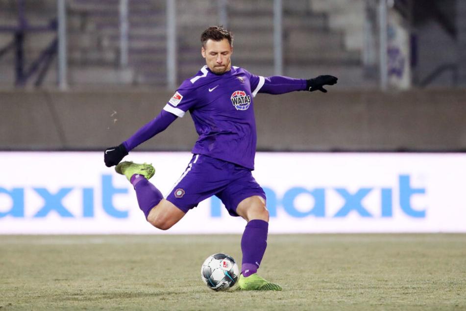 Aue-Abwehrchef Sören Gonther ist für das Heimspiel am Samstag gegen Kiel gesperrt.
