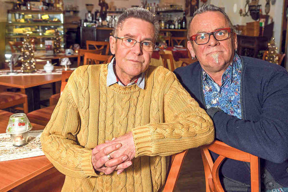 Ullrich Baudis (61) und Bernd Warkus (66) wird das Gastgeben in Meißen echt schwer gemacht.