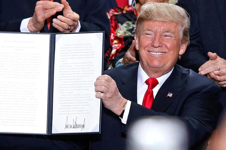 Oberster Gerichtshof genehmigt Donald Trumps Einreiseverbot