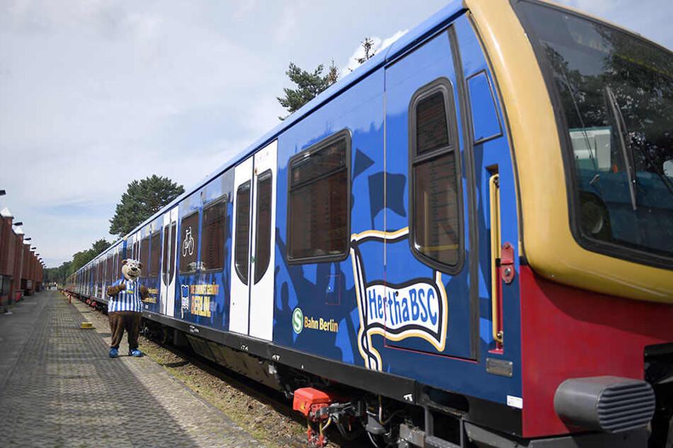 Durch den neuen Verkehrsvertrag ist Außenwerbung an der S-Bahn wieder verboten.