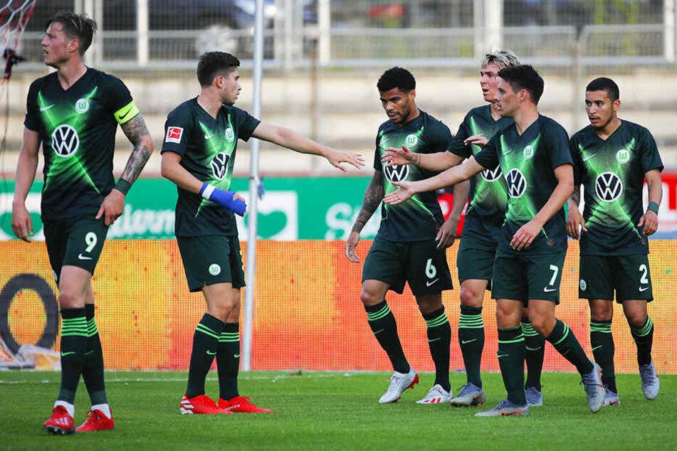 Wolfsburg ließ in der Vorbereitung durch ein 8:1 gegen den französischen Erstligisten ÒGC Nizza aufhorchen. Eine erneute Platzierung unter den besten sechs Teams ist auch in dieser Saison wieder möglich.