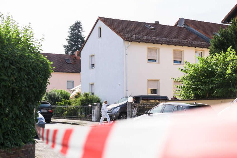 In diesem Einfamilienhaus wurden die beiden Toten entdeckt.