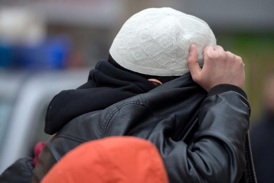 Die Zahl der Salafisten hat sich in den vergangenen fünf Jahren in Berlin auf 880 mehr als verdoppelt.