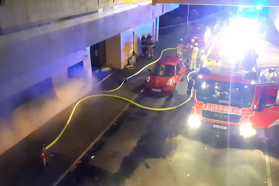 Fünf Menschen wurden bei dem Brand verletzt.