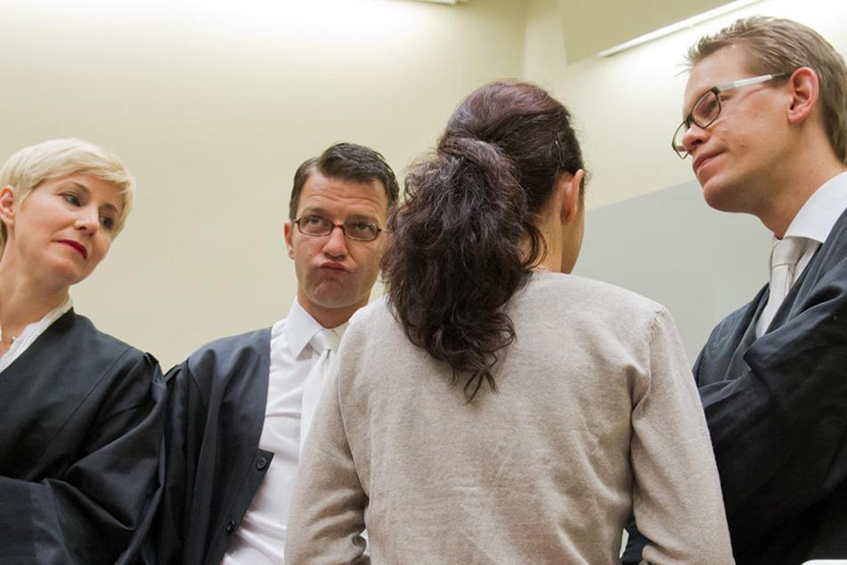 """Eine Fortsetzung ihrer Tätigkeit sei für die Anwälte """"auch in persönlicher Hinsicht nicht mehr zumutbar""""."""