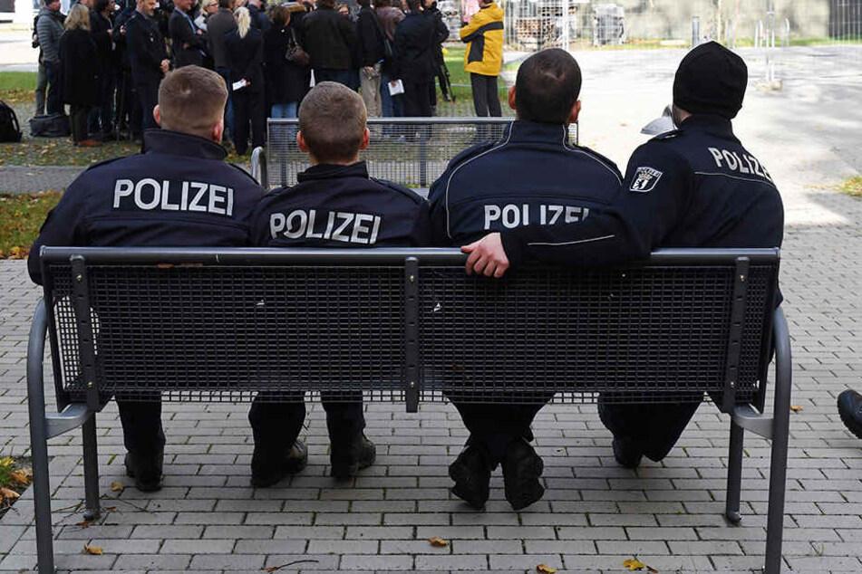 Die Berliner Polizei hat die Bewerbungsfrist erneut verlängert.