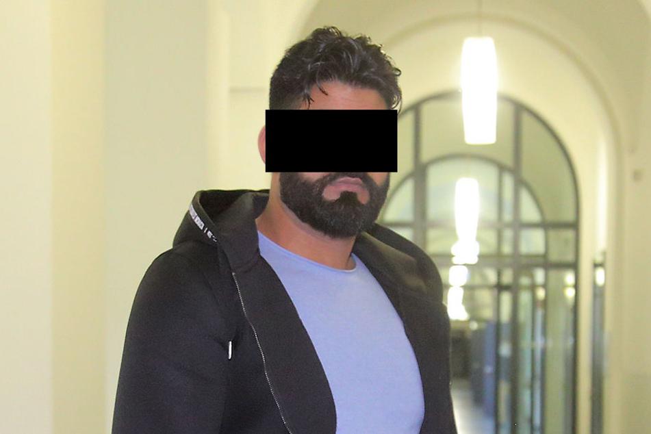 Der Angeklagte Muhammad S. (30) am Montag am Amtsgericht Dresden.
