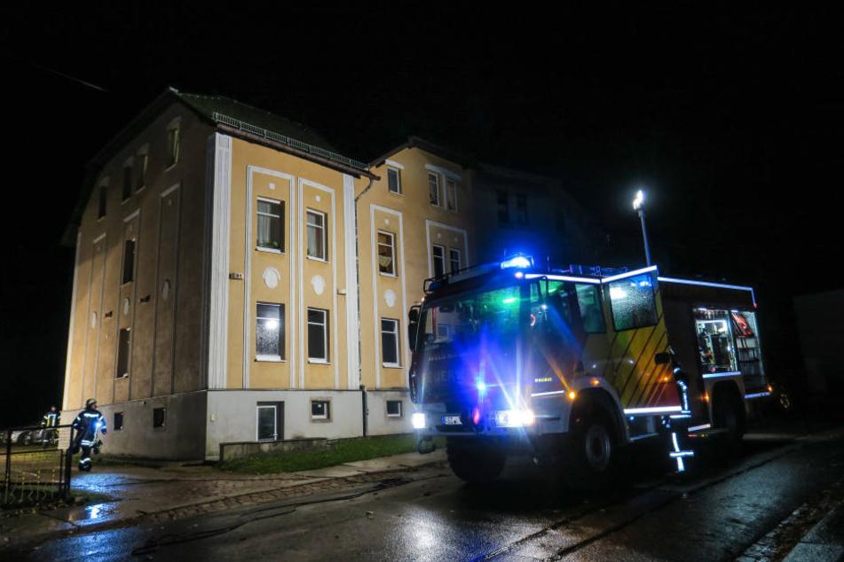 Die Feuerwehr musste am Freitagabend in die Ringstraße in Eibenstock ausrücken.