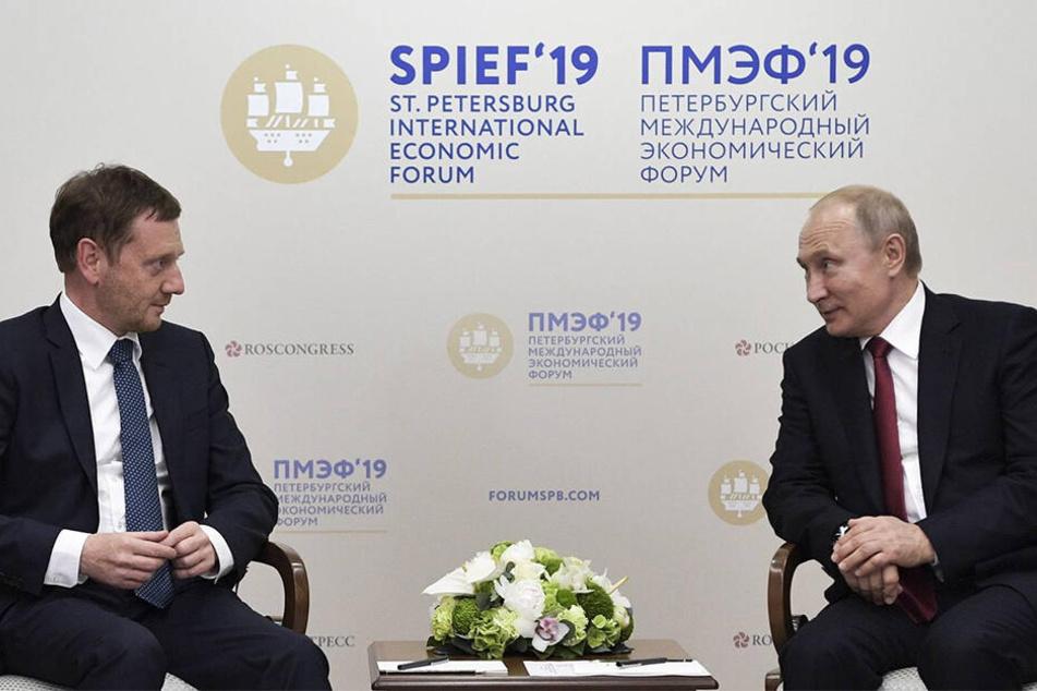 Michael Kretschmer bei Russlands Präsident Wladimir Putin: Viele Sachsen würden es begrüßen, wenn die Sanktionen beendet würden.