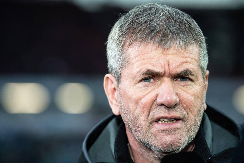 Düsseldorfs Trainer Friedhelm Funkel darf doch auf eine Vertragsverlängerung hoffen.