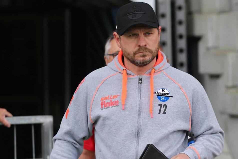Steffen Baumgart ist total auf das nächste Spiel gegen den SV Wehen Wiesbaden fokussiert.