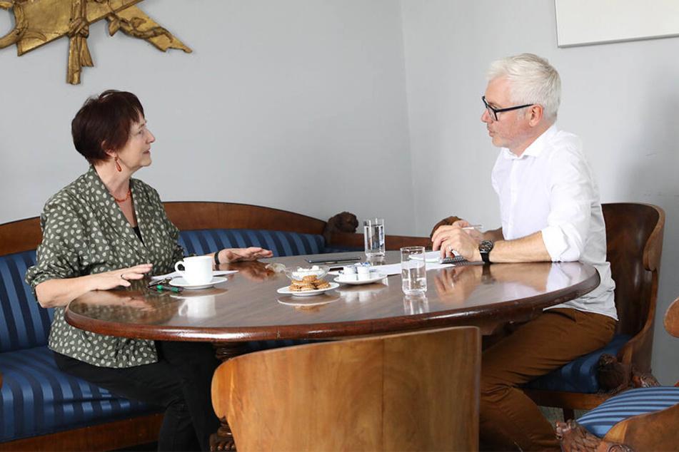 Landeskonservatorin Rosemarie Pohlack (65) beim Abschiedsinterview mit TAG24-Reporter Torsten Hilscher (51).