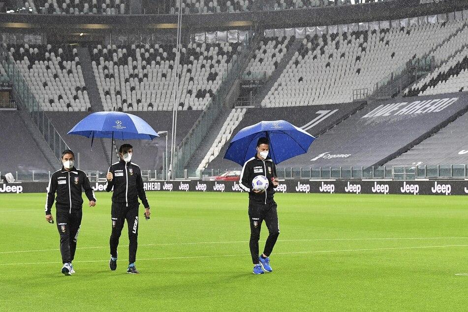 Juve wartet im leeren Stadion, doch Top-Gegner Napoli kommt einfach nicht
