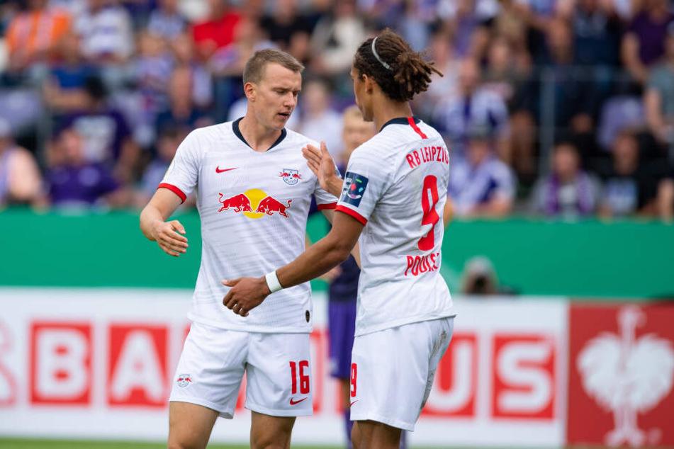 Lukas Klostermann (l.) erzielte das zwischenzeitliche 2:1 für die Bullen.