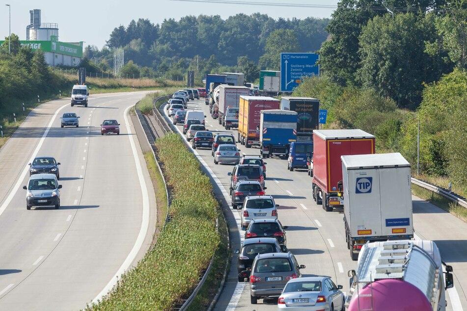 Verkehrsteilnehmer können für zwei Wochen in der Anschlussstelle Stollberg-West im Oktober nicht ausfahren. (Archivfoto)